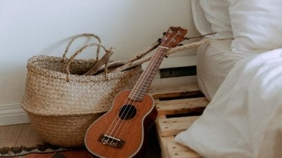 Top 5 Wooden Guitars for Beginners